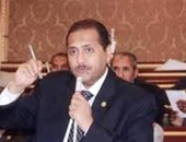 النائب حسين أبو الوفا: المجتمع الدولى متناقض فى تعامله مع قضايا حقوق الإنسان