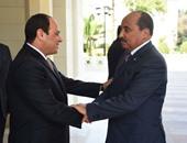 الرئيس السيسي يمنح نظيره الموريتاني قلادة النيل