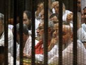 """تاجيل محاكمة """"بديع"""" و104 آخرين بأحداث عنف الإسماعيلية للغد"""