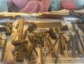 ضبط بندقيتين و550 طلقة خرطوش وأدوات تصنيع بمحل أسلحة بطنطا