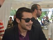 أحمد حسن ينكر اتهامه بسب وقذف مرتضى منصور أمام النيابة