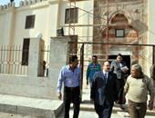 بالصور.. محافظ القليوبية يتفقد ترميم مسجد بيبرس بقليوب تمهيدا لافتتاحه