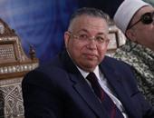 وفد نيابى صينى يصل مطار القاهرة.. ووكيل النواب يستقبله