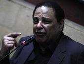 بالفيديو والصور.. علاء الأسوانى: مبارك احتفل بمشروعات لم ينفذها على أرض الواقع