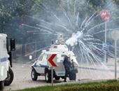 """الشرطة التركية تفض مظاهرة للطلبة قرب قصر """"أردوغان"""" الرئاسى الجديد"""