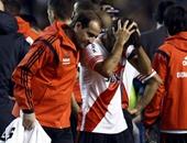 """بالفيديو والصور.. إلغاء """"كلاسيكو الأرجنتين"""" فى كأس ليبرتادوريس بسبب الشغب"""