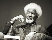 """النيجيرى """" سوينكا"""" المرشح الأول لـ""""أستاذ الشعر"""" فى اوكسفورد"""