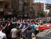 إخوان أكتوبر يتظاهرون بمسجد عماد راغب.. وقوات الأمن تغلق ميدان النجدة