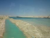 رفع 194 مليون متر مكعب رمال مشبعة بالمياه بقناة السويس الجديدة