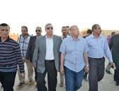 """بالصور.. تفاصيل زيارة وزير الزراعة لقرية """"الأمل"""" بالقنطرة شرق"""