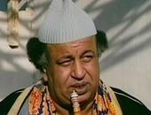 """فى ذكرى ميلاده.. شاهد غريب محمود """"أبو العريف"""" فى إعلان محو الأمية"""