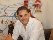 المخرج أحمد شفيق يتلقى العزاء فى وفاة والد زوجته.. اليوم