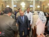 بالصور.. محافظ ومدير أمن المنوفية يهنئان الأقباط بعيد القيامة