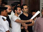 بالصور.. تأجيل استئناف دومة وماهر ومحمد عادل على حكم حبسهم 6 أشهر لـ22 مايو