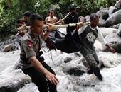 مصرع 50 تقريبا فى انهيارات أرضية بإندونيسيا والسلطات تحذر من المزيد من الأمطار