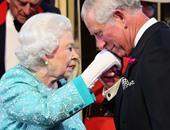 بالصور.. مغنون وممثلون يحتفلون بعيد ميلاد ملكة بريطانيا الـ 90