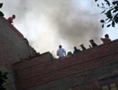الحماية المدنية تسيطر على حريق  أعلى سطح عقار فى العمرانية