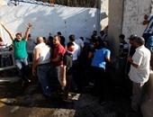 بالصور.. متظاهرون يقتحمون مجلس الوزراء العراقى فى المنطقة الخضراء