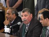 """بالفيديو.. قاضى """"اغتيال النائب العام"""" يطرد المتهمين والأهالى بسبب """"التشويش"""""""
