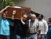 بالفيديو والصور. . تشييع جنازة والد الفنانة شيرين وجدى من مسجد آل رشدان