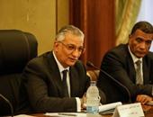 """وزير التنمية المحلية يشيد بنجاح مبادرة """"حلوة يابلدى """" بمحافظة أسيوط"""
