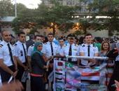 وفد من الطيارين ورجال الكنيسة والمصريين الأحرار فى مسيرة تأبين ضحايا الطائرة