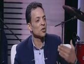 """طارق الشيخ يرتل القرآن بـ""""على هوى مصر""""..ويؤكد: ساعدنى على الغناء"""