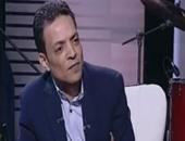"""بالفيديو.. طارق الشيخ لـ""""خالد صلاح"""": أخشى التمثيل ولا أحب الغناء وسط الراقصات"""