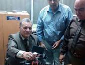 بالصور.. ضبط طائرة تجسس مزودة بجهاز تتبع GPS فى مطار القاهرة