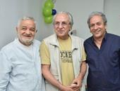 بالفيديو والصور.. على بدرخان يحتفل بعيد ميلاده مع ياسر جلال وعمر عبد العزيز