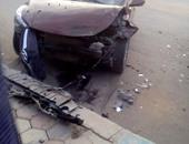 """توقف حركة المرور أعلى """"دائرى السلام"""" بسبب حادث تصادم سيارتين"""