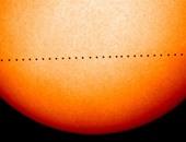 بعد قليل.. كوكب عطارد فى عبور نادر لقرص الشمس يرى بمصر ومعظم أنحاء العالم