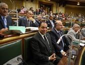 """البرلمان يبحث إجراءات عودة القطن المصرى لعرشه.. النواب يحملون """"الزراعة""""مسئولية تراجع المحصول ويقررون استجواب الوزير.. رئيس القابضة للغزل يطالب بدعم الزراعات الاستراتيجية.. ويؤكد: """"الفلاحون هيزرعوا لب"""""""