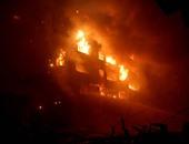 بالفيديو .. الحماية المدنية: استمرار عمليات التبريد لحريق الرويعى وتمركز 8 سيارات إطفاء