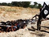 واشنطن بوست: القوات الغربية قد تستهدف شاحنات النفط لحرمان داعش من الوقود