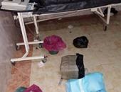 """""""واتس آب اليوم السابع"""": تهالك الأسِرَّة وقمامة داخل غرف مستشفى إدفو بأسوان"""