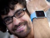 ساعة أبل ووتش تنقذ مستخدما من نوبة قلبية خطيرة