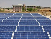 انتهاء رصف الطرق المؤدية لمحطات الطاقة الشمسية بأسوان آخر الشهر الجارى
