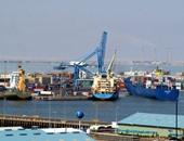 ضبط مراقب بميناء السخنة ووكيل شركة استيراد لتصريفهما 20 طن مواد غذائية