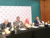 وزير قطاع الأعمال يشهد توقيع عقد تطوير قرية مجاويش التابعة لمصر للسياحة