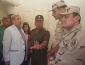 بالصور..كامل الوزير يصطحب أسرة برنامج الاقتصاد والناس فى جولة بالإسماعيلية