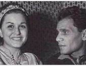 بعد سفره معها إلى أوروبا ..عندما نشر العندليب خبراً لنفى زواجه من السندريلا