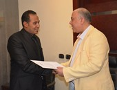بالصور.. رئيس المترو يكرم فريق سباحة الشركة المصرية لإدارة وتشغيل المترو