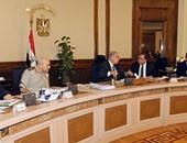 بدء اجتماع الحكومة برئاسة شريف إسماعيل لمناقشة قانون بناء الكنائس