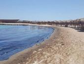 بالفيديو.. التلوث الزيتى ينتشر على شواطئ الغردقة الشمالية