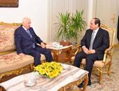 الرئيس يشيد بحرص نبيل العربى على تكريس خبرته لصالح القضايا العربية