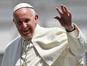 بابا الفاتيكان يؤدى الصلاة بكنيسة الصوفى البولندى القديس فوستينا