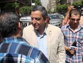 بدء جلسة محاكمة نقيب الصحفيين.. والدفاع يشكو سوء تدوين أقوال الشهود