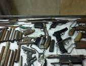 حبس صاحب مقهى 4 أيام للاتجار فى الأسلحة النارية بالساحل