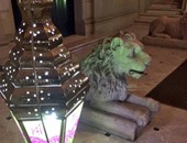 فانوس رمضان يزين مدخل السفارة البريطانية بالقاهرة
